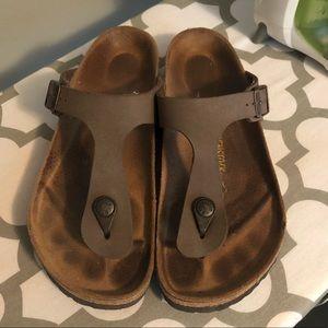 Brown Thong Birkenstock Size 8
